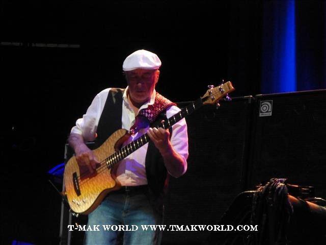 John McVie - Fleetwood Mac 2013 Newark NJ Concert Review
