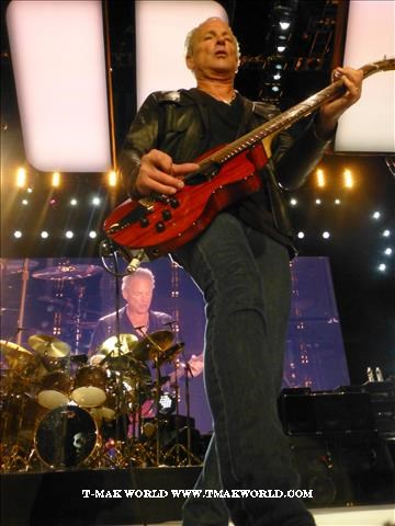 Lindsey Buckingham - Fleetwood Mac 2013 Newark NJ Concert Review