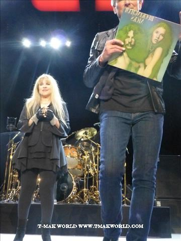 Stevie Nicks and Lindsey Buckingham - Fleetwood Mac 2013 Newark NJ Review