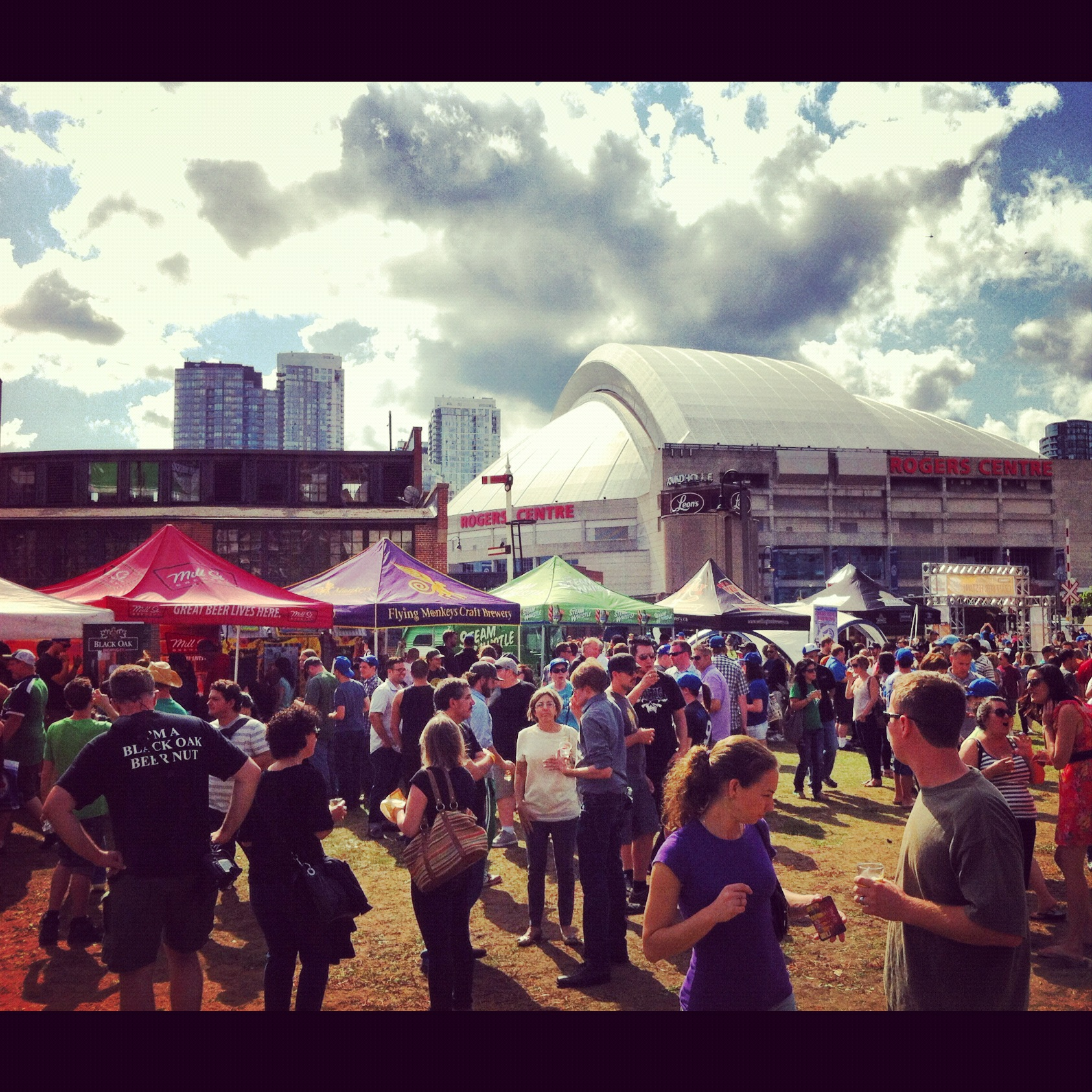 Roundhouse craft beer festival toronto for Craft beer festival toronto