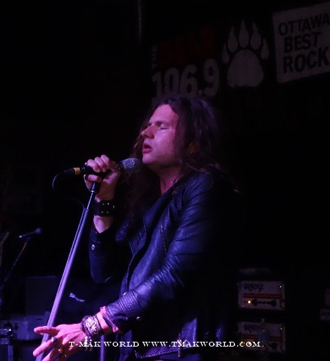 Jay Buchanan of Rival Sons in Ottawa - November 2013