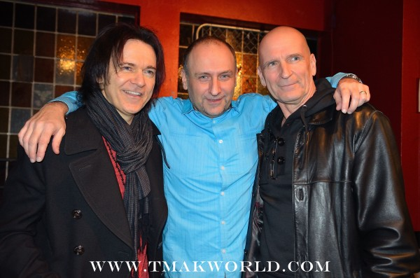 Lawrence Gowan, Terry Makedon, Michael Sadler