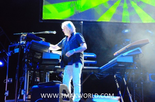 Yes Live in  Oshawa 2014