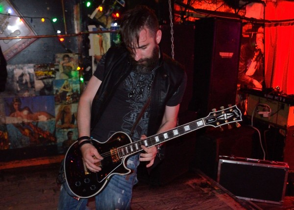 Dave Di Ubaldo's drool worthy Les Paul Custom Black Beauty