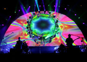 Brit Floyd 2019 – Toronto Contest and Interview with Eva Avila